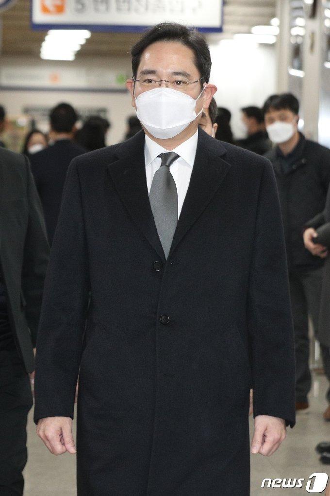 [사진] 이재용 부회장 '국정농단 뇌물 사건 파기환송심' 공판