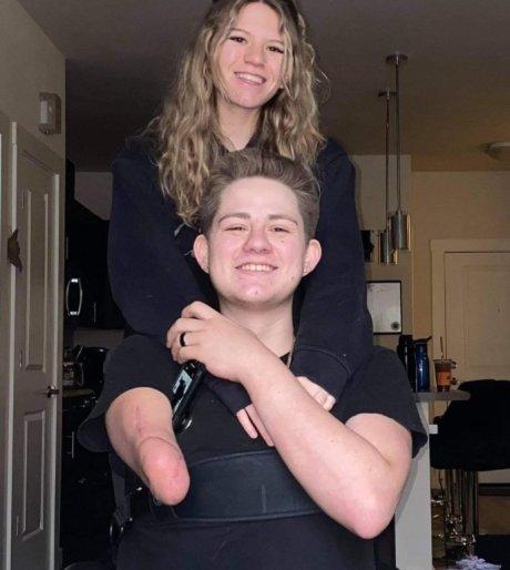 로렌 사우어스와 여자친구 사비아 레이체. /사진=인스타그램 캡쳐