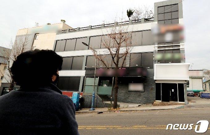 집단감염이 발생한 인천시 연수구의 한 유흥주점의 모습. /뉴스1 © News1 정진욱 기자