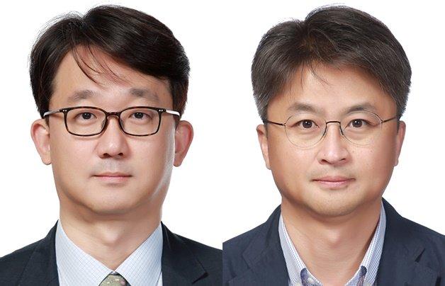 LG생활건강의 이형석 부사장(왼쪽)·장기룡 전무(오른쪽)