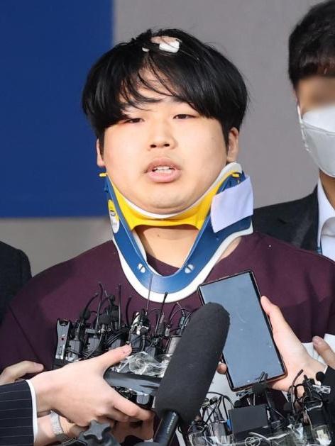 조주빈, 징역 40년 선고…누리꾼