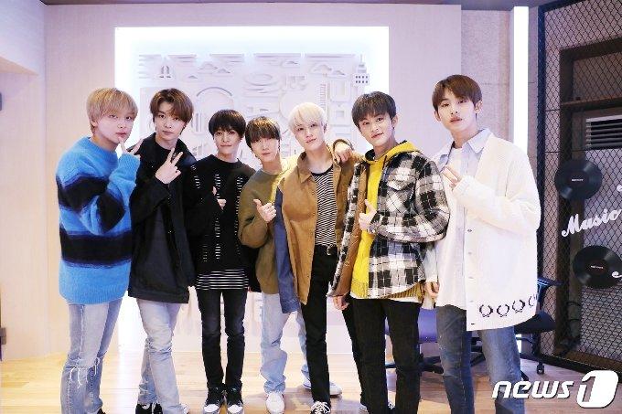 [사진] NCT U '정오의 희망곡 출연했어요!'