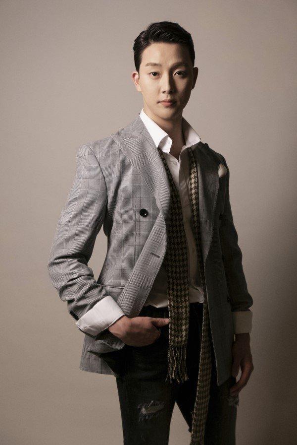 오션 준호/IV엔터테인먼트, SHINE E&M © 뉴스1