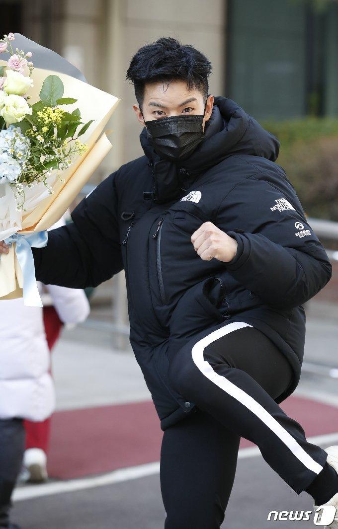 [사진] 나태주 '불후' 출근하는 태권트롯
