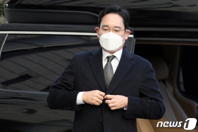 이재용 '국정농단' 파기환송심 재판…내달 21일 결심