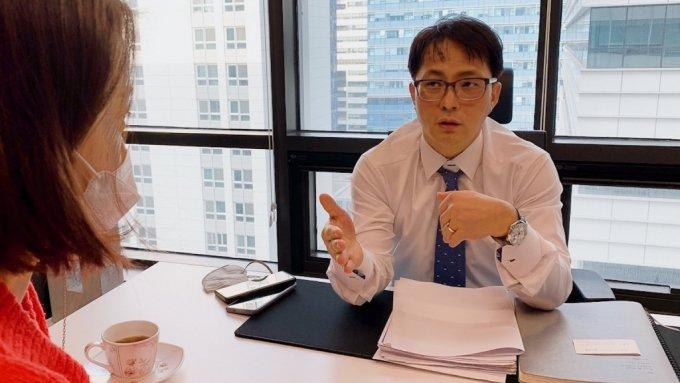 파인원 고재생 대표가 사업 아이템에 대해 설명하고 있다
