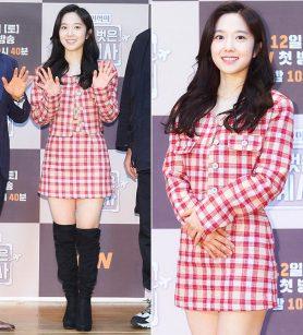 '전현무♥' 이혜성, 상큼한 레드 체크룩…미모 '폭발'