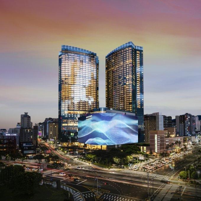 제주 최고 높이 '제주 드림타워 복합리조트' 18일 공식 개장