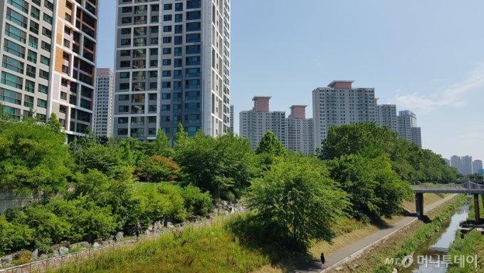 서울 서초구 반포동 일대 아파트 단지 모습/사진= 박미주 기자