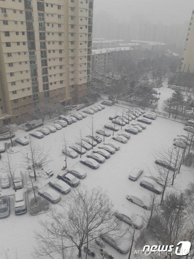 (서울=뉴스1) 황덕현 기자 = 12일 오후 2시께 서울 양천구 목동의 한 아파트