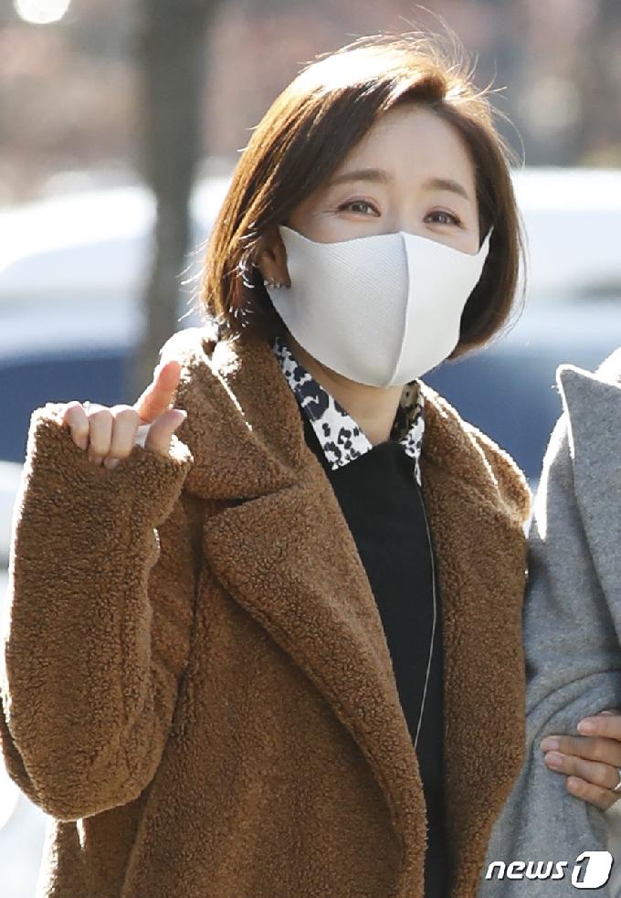 '최파타' 윤유선