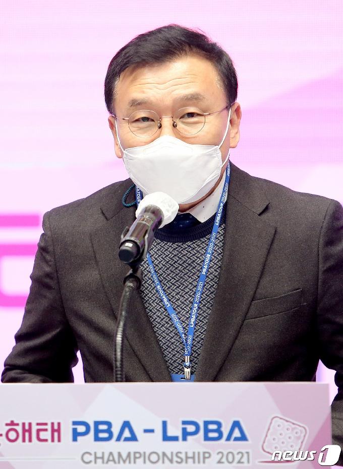 [사진] '크라운해태 챔피언십 개막을 축하하며'