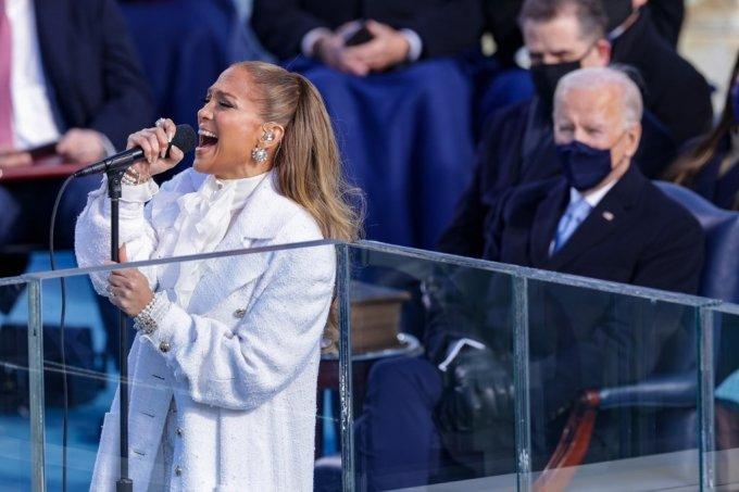 바이든 취임식 축하공연을 한 제니퍼 로페즈. /AFPBBNews=뉴스1