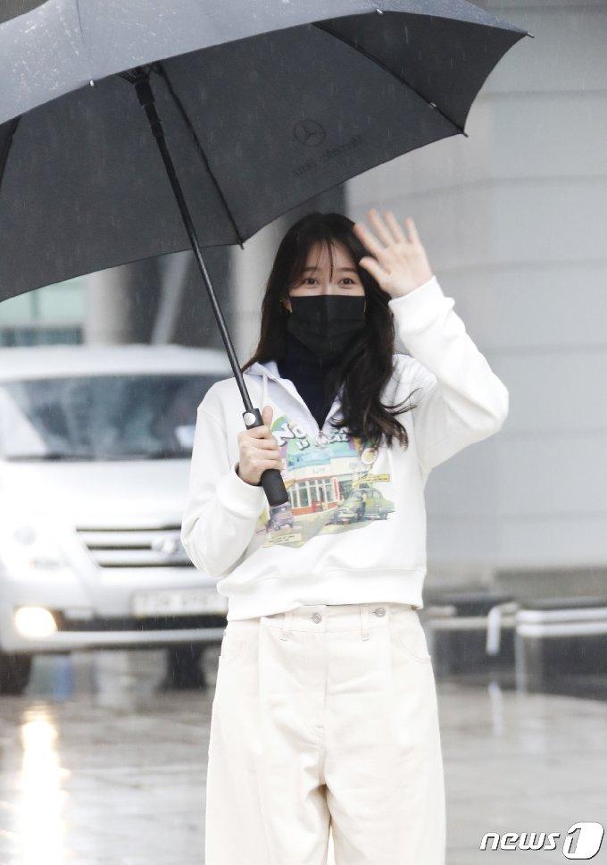 [사진] 이지아 '펜트하우스' 종영 후 첫 포착