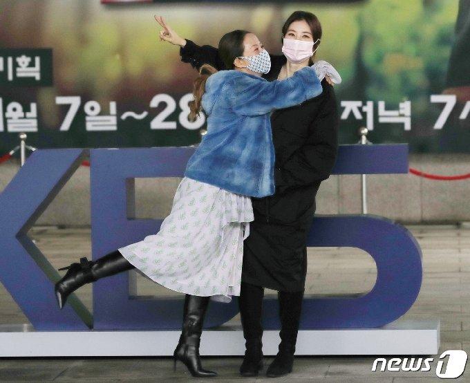 [사진] 서정희 '우리 딸 너무 예뻐'