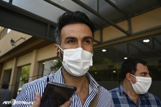 검찰 조사를 받고 있는 마라도나의 주치의 레오폴드 루케. /AFPBBNews=뉴스1