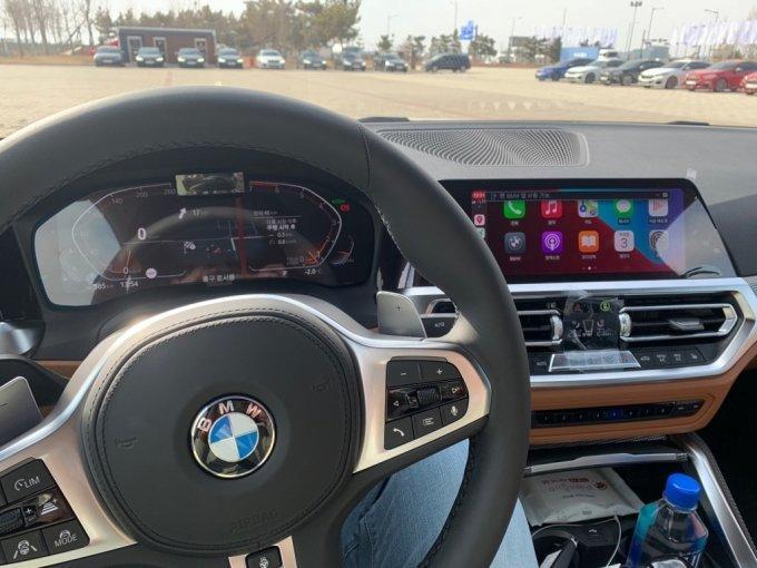 BMW 420i 내부 모습/사진=이강준 기자
