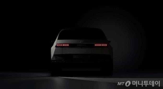 현대자동차 전용 전기차 브랜드 아이오닉의 첫 모델인 '아이오닉 5'의 티저 이미지 /사진제공=현대차