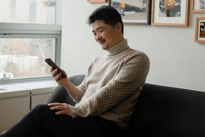 '흙수저 신화' 배민 김봉진, 약 5000억 '재산 절반' 통큰 기부