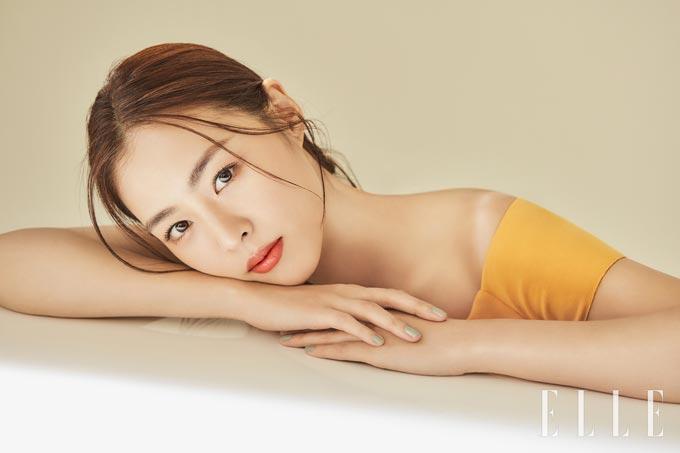 배우 이연희/사진제공=쓰리 코스메틱(THREE), 엘르