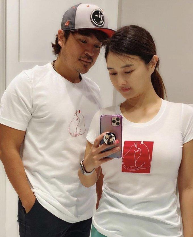 추신수 선수(왼쪽)와 아내 하원미 / 하원미 인스타그램