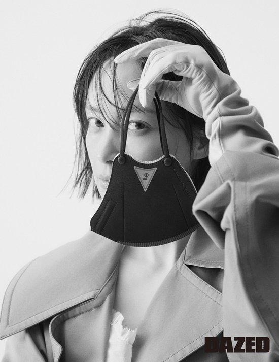 배우 이나영/사진제공=데이즈드