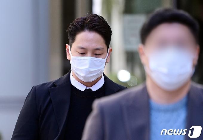 강제추행 '징역 10개월' B.A.P출신 힘찬…1심 불복 항소