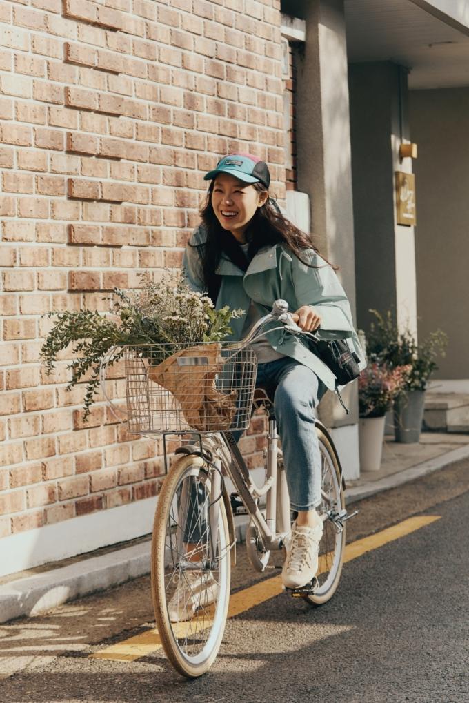 공효진, 봄 재킷으로 완성한 싱그러운 패션…