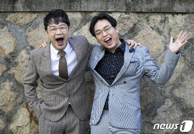 개그맨 권재관과 박영진(오른쪽) © News1 김진환 기자