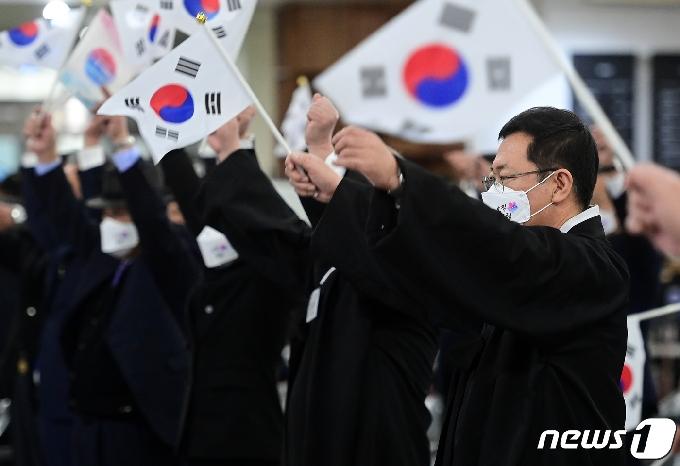 [사진] 인천에서 울려퍼진 3.1 만세 삼창