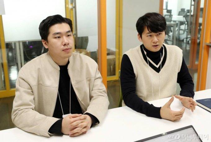 이태훈(왼쪽), 심건우 드리머리 공동대표 인터뷰 /사진=김휘선 기자 hwijpg@