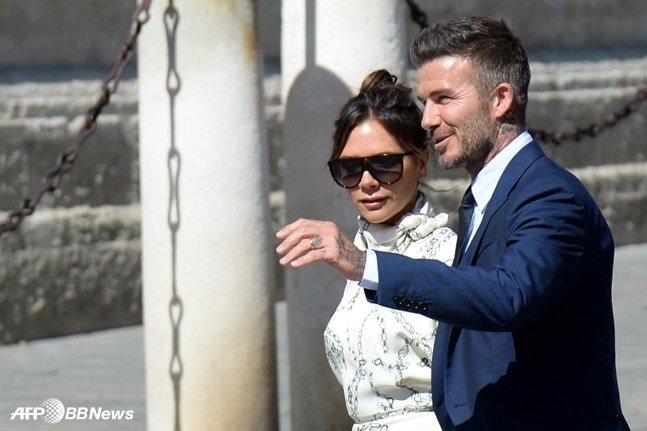 빅토리아 베컴(왼쪽)과 데이비드 베컴 부부. /AFPBBNews=뉴스1