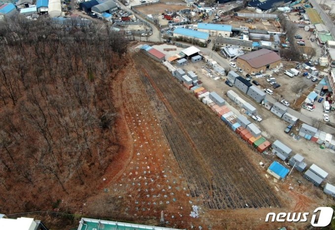 LH 직원들이 사들인 경기도 시흥시 무지내동 소재 농지 일대의 모습. 2021.3.4/ 사진= 뉴스1