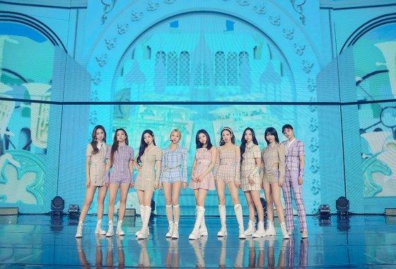 트와이스, 5월 12일 일본 새 싱글 'Kura Kura' 발표