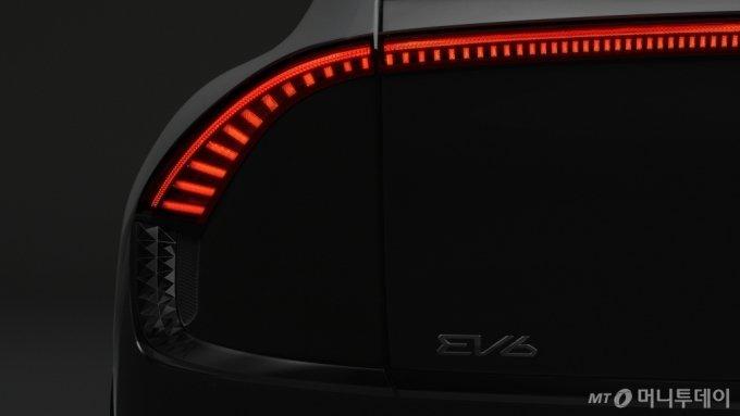기아 첫 전용 전기차 EV6 티저 공개/사진제공=기아