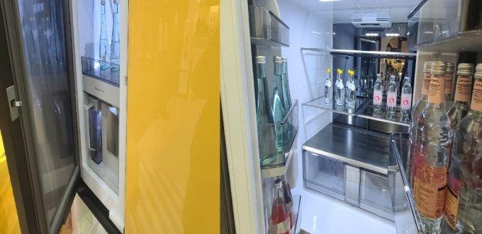 9일 출시된 '비스포크'(BESPOKE) 냉장고 신제품 내부 모습/사진=오문영 기자