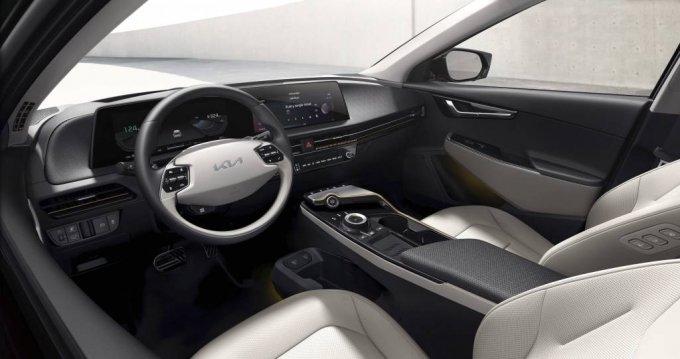 [서울=뉴시스]박미소 기자 = 기아는 15일 신규 디자인 철학 발표와 함께 최초의 전용 전기차 EV6의 내·외장 디자인을 대중 앞에 처음으로 공개했다. EV6는 기아의 새로운 디자인 철학 '오퍼짓 유나이티드(Opposites United, 상반된 개념의 창의적 융합)'가 반영된 최초의 전용 전기차다. 사진은 EV6의 내장 디자인. (사진=현대차·기아 제공) 2021.03.15. photo@newsis.com *재판매 및 DB 금지