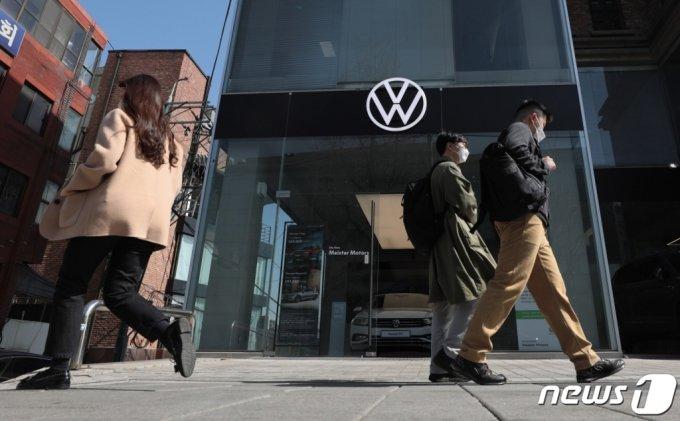 폭스바겐 '변심' BMW·포드 '포기'…현대차도 마음 굳혔다