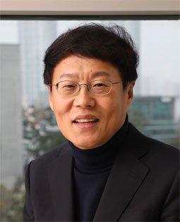 박재근 한국반도체디스플레이기술학회장(한양대 융합전자공학부 교수)