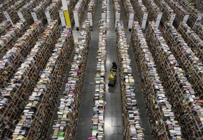 미국 애리조나 피닉스에 위치한 아마존 배송센터.  /피닉스(미국) =뉴스1(news1.kr) /사진=로이터