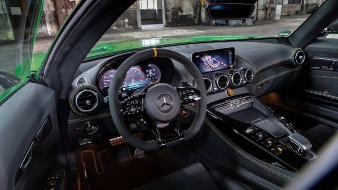 더 뉴 AMG GT R 내부/사진제공=벤츠 코리아