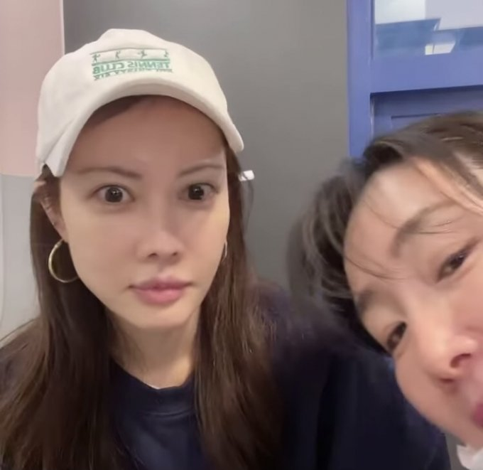 '육아 친구' 최지우-양미라, 나란히 키즈카페서 근황 포착