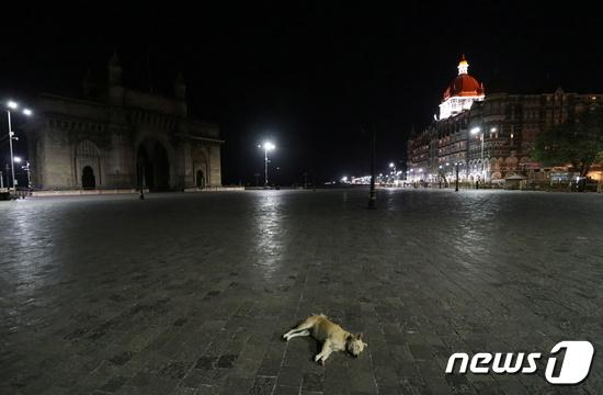인도, 일일 코로나19 감염자 급증…14만여명으로 역대 최다