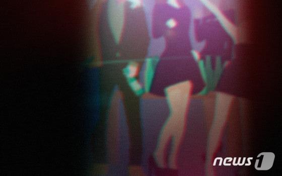 분당 노래방 관련 초등학생 5명 추가 확진…담임교사 접촉