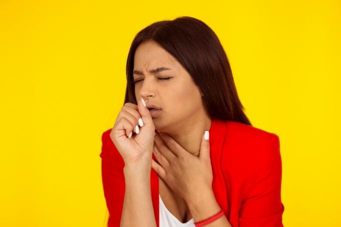 코로나 시국에 암환자에게 '기침 테러' 한 여성