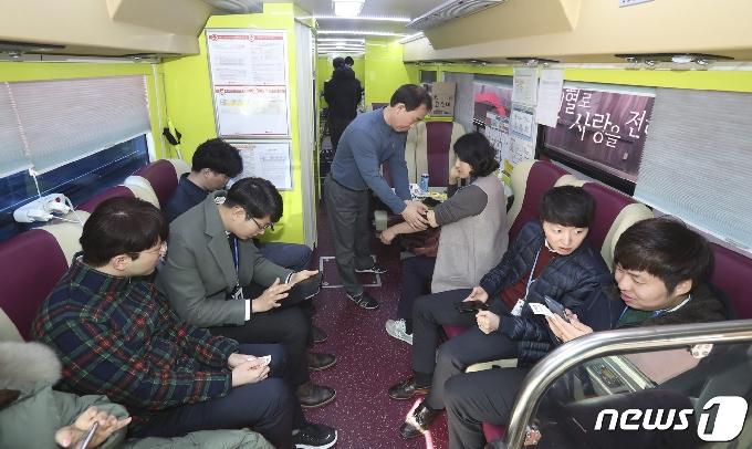 전북도청·14개 시·군, 혈액수급난 극복 위해 단체 헌혈 나서