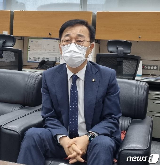 김윤덕 의원