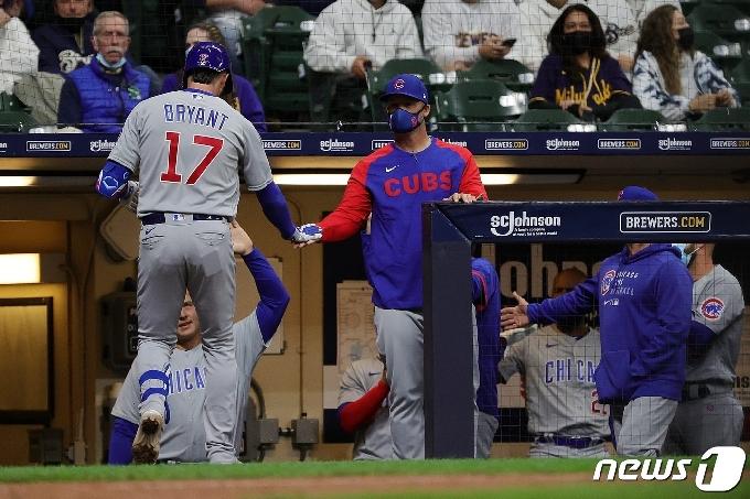 MLB 시카고 컵스, 불펜 코치 코로나19 확진…선수 3명 격리 조치