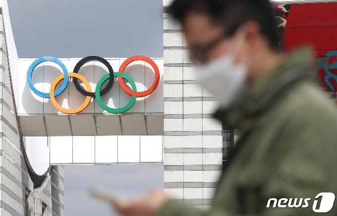 [사진] '도쿄올림픽 D-100, 일본국민 70%이상 개최 반대'