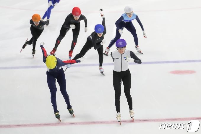 [사진] 김아랑, 女 일반부 1500m 결승 1위